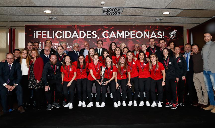Homenaje de la RFEF a la Campeonas de Europa de Fútbol Sala Femenino