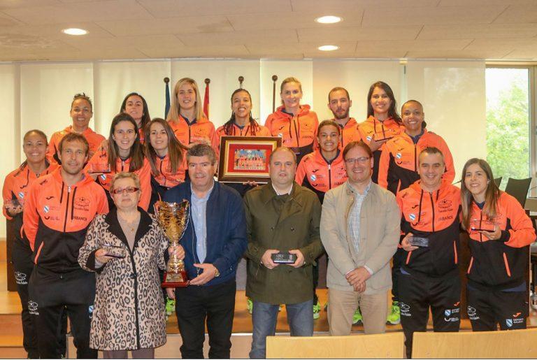 Pescados Rubén Burela visita a uno de los candidatos de Copa de la Reina