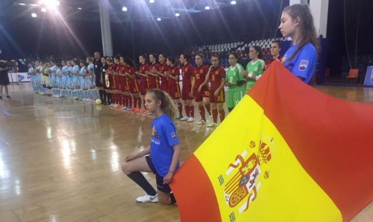 Regreso de España a Moscú y nuevo triunfo ante Rusia (1-2)