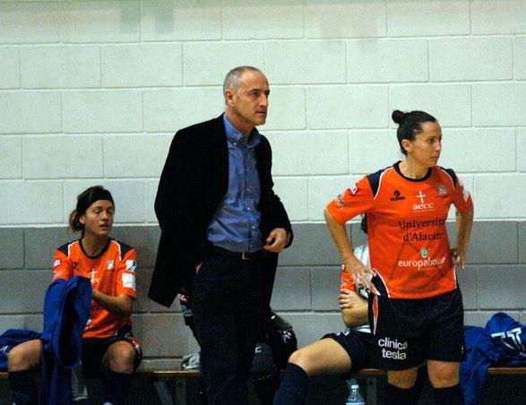 Carlos Navarro, nuevo entrenador del equipo de Fútbol Sala Femenino de la Universidad de Alicante