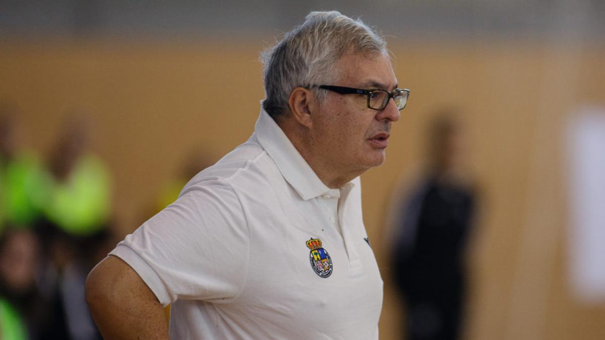 Luis Ángel Corredera cesado como entrenador de Sala Zaragoza