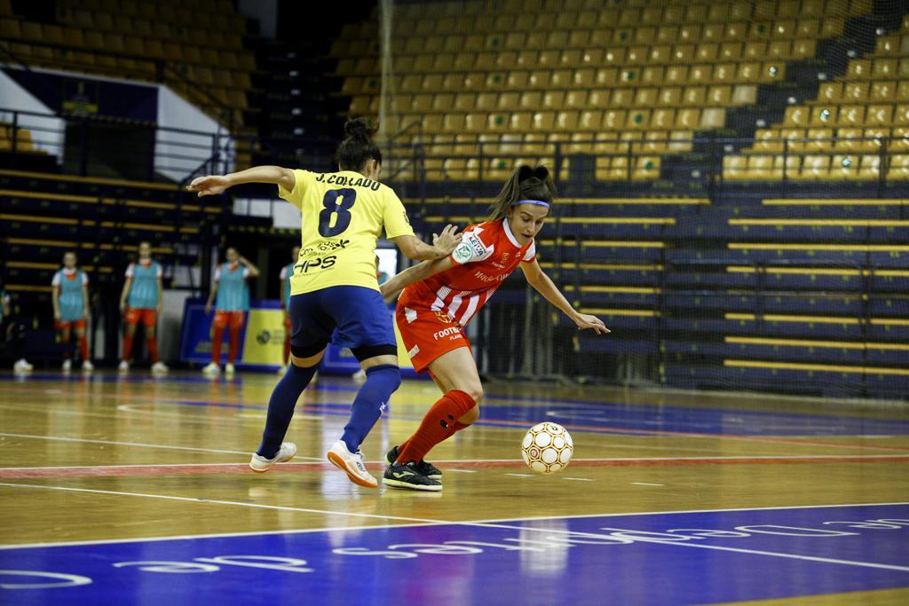 Gran Canaria Teldeportivo hace sudar al Navalcarnero