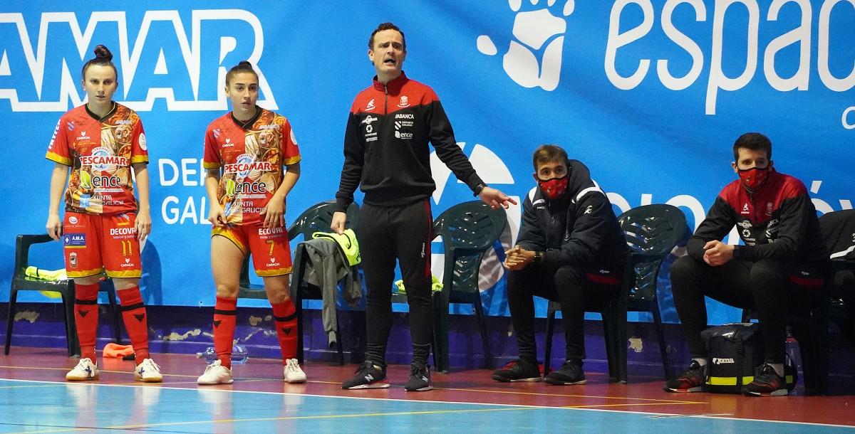 Manu Cossío seguirá siendo entrenador de Poio Pescamar FS la próxima Temporada