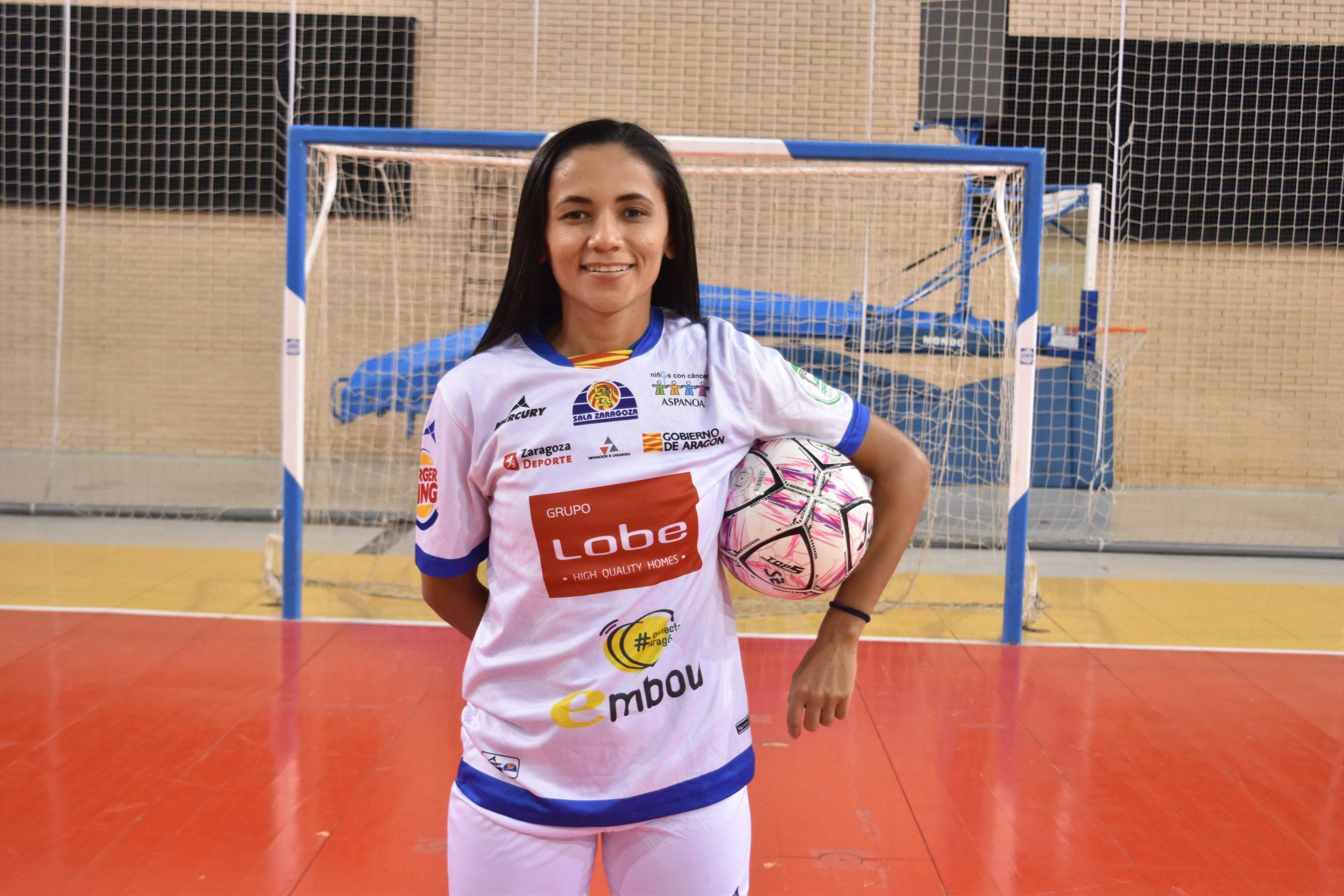 Andreza es presentada como nueva jugadora de Sala Zaragoza