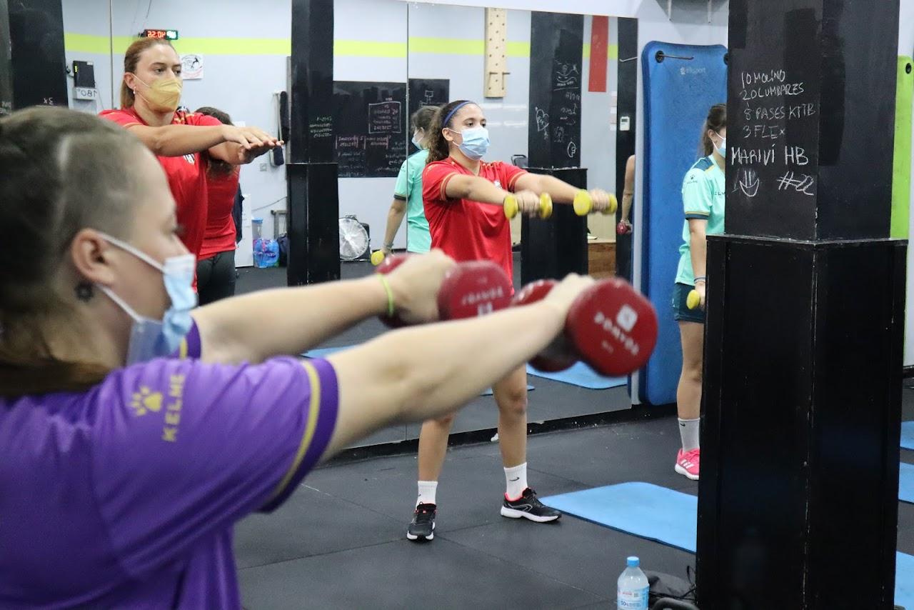 Las Guerreras del filial de MSC Torreblanca continúan con su puesta a punto trabajando la parte física y la táctica a partes iguales